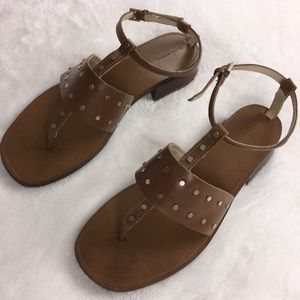 Zara Women's Size 39 Leather Studded Sandals